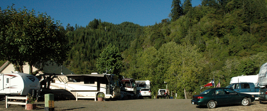 rv-sites-siuslaw-river-maple-lane-rv-park-marina-mapleton-oregon